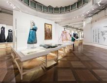 """Exposition """"FASHION MIX – MODE D'ICI, CREATEURS D'AILLEURS"""" – MUSEE DE L'HISTOIRE DE L'IMMIGRATION – 2014"""